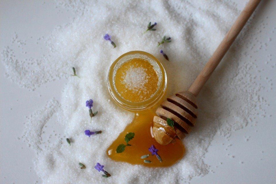 Healthy Sweetener Between Honey and Sugar