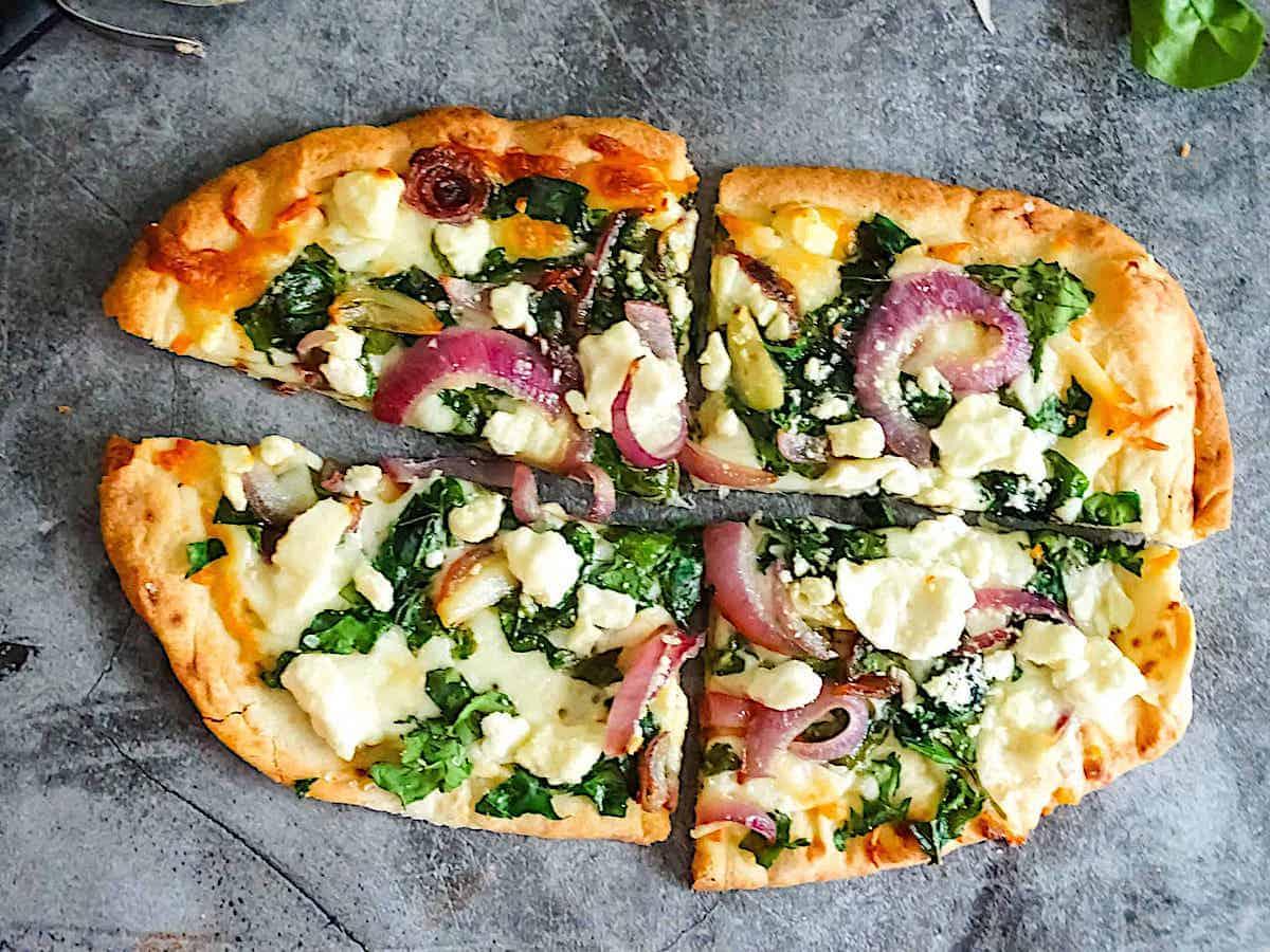 Healthy Spinach and Feta Flatbread Pizza Recipe